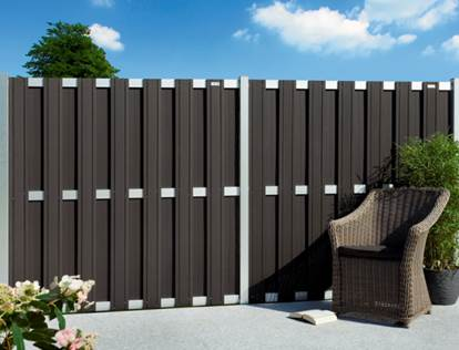 sichtschutzz une aus wpc und polyrattan holz neubauer berlin. Black Bedroom Furniture Sets. Home Design Ideas