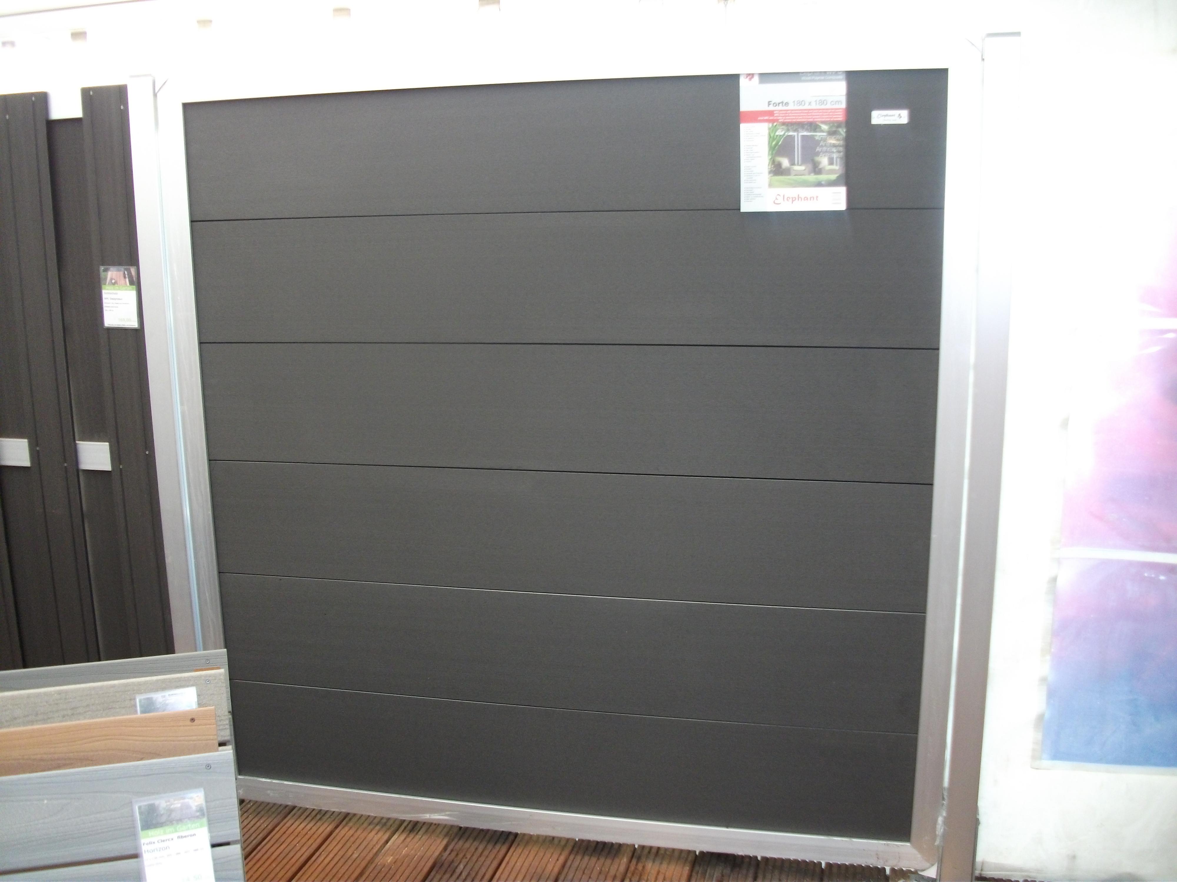 Sichtschutzz une aus wpc und polyrattan holz neubauer berlin ihr holzfachmarkt - Zaunelemente holz grau ...
